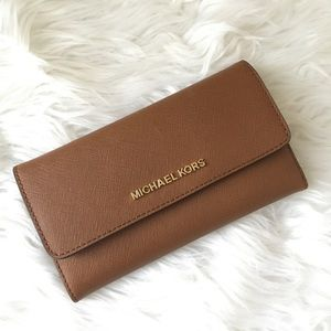 New Michael Kors Large trifold wallet